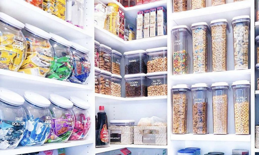 Pantry organise with food containers